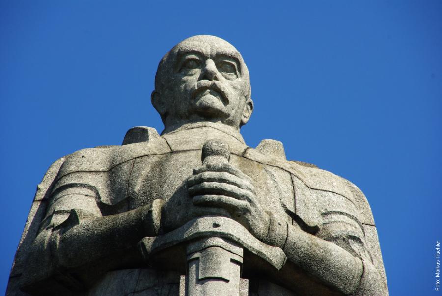 Foto: Markus Tischler - Sonnenlauf / Bismarck Denkmal
