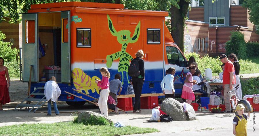 SpielMobil 3 des SpielTiger e. V. - gestaltet vom QunstTiger, Hamburg