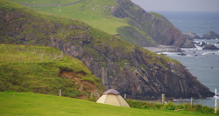 Durness an der Nordküste: Zeltplatz mit grandioser Aussicht.