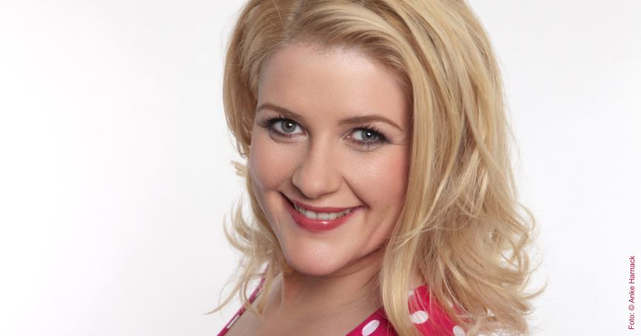 Küstenkind und Radio- / TV-Moderatorin Anke Harnack