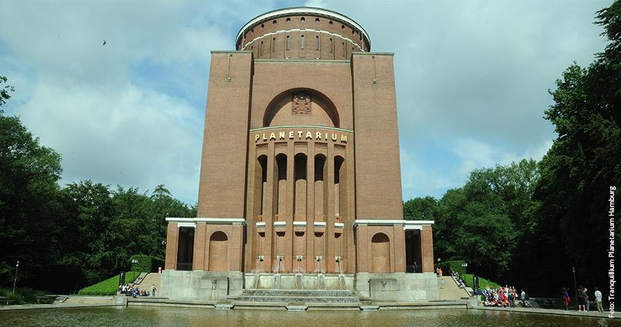 Klassiker: Im Winterhuder Wasserturm wurde bereits 1930 ein Planetarium eröffnet
