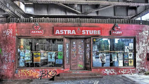 """15 Jahre """"Astra Stube"""": Klein, stickig, legendär"""