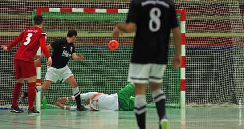 Futsal: Die mit dem Ball rasen