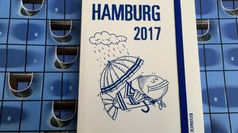 2017 wird blau: Hamburg-Kalender mit Spaßfaktor
