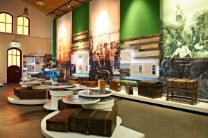 ballinstadt-auswanderermuseum-hamburg-ausstellung-6-koffer