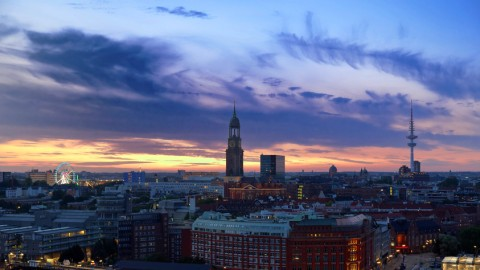 Nächtlicher Traumblick über Hamburg