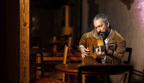 Max Herzog: Flamenco-Gitarre