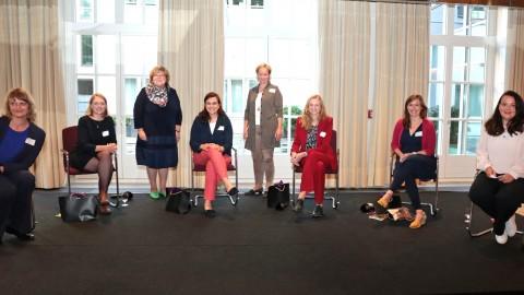 Unternehmerinnen und vier starke Politikerinnen